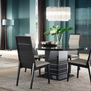 Round Versilia Dining Table