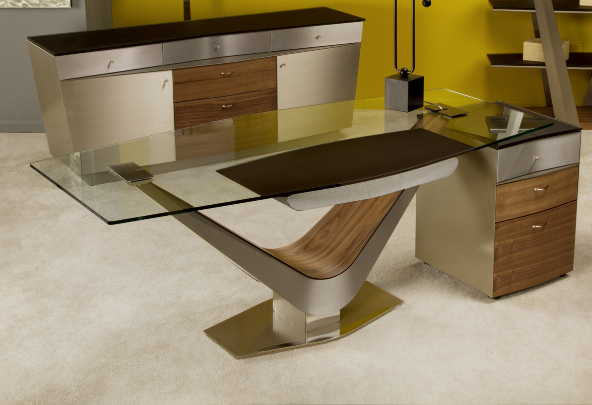 Modern Office Desk: ELITE MODERN VICTOR DESK