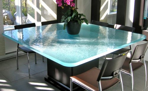 ThinkGlass Thermoformed glass table tops
