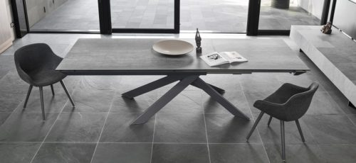 Eclisse table
