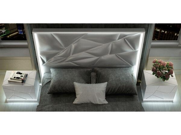 Kiu Bedroom