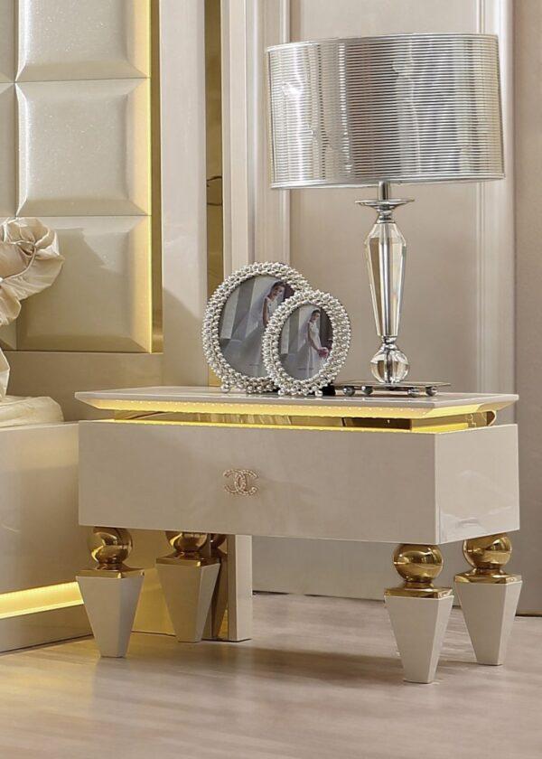 Glamorous White Leather 5pc Bedroom Set